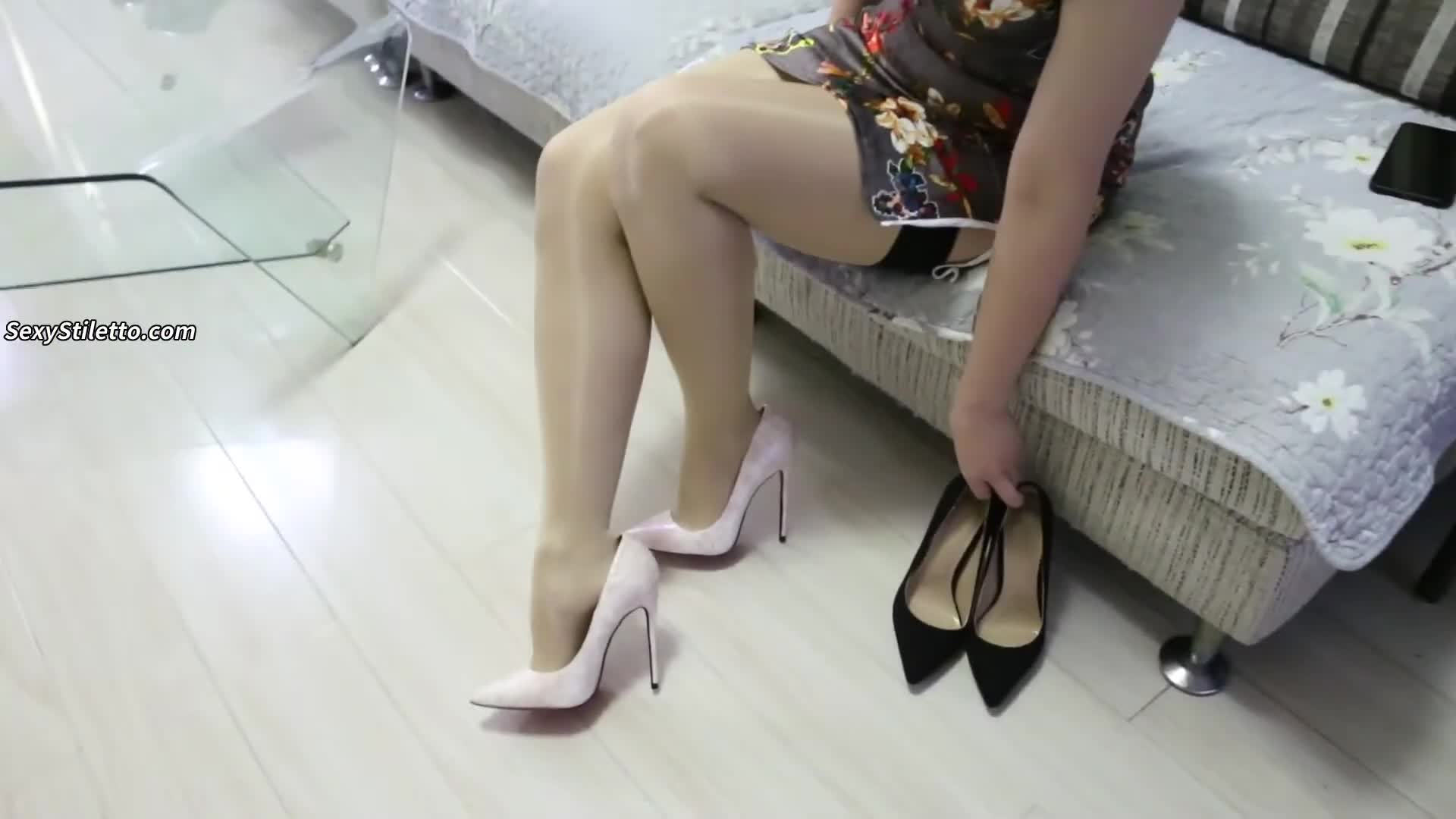Sexy High Heels & Foot Fetish from ASIAN Part 165
